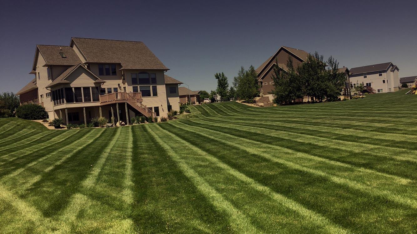 B&K Lawn Care   Cedar Falls, IA Mowing, Fertilization & Weed ...